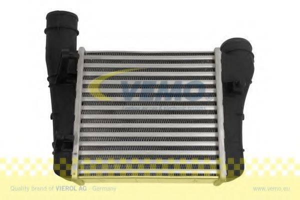 VEMO V15605065 Интеркулер